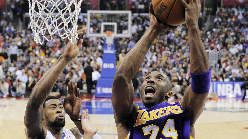 SCORET 31 POENG: Kobe Bryant ble den store helten for LA Lakers mot byrival Clippers. Foto: (AP Photo/Mark J. Terrill)