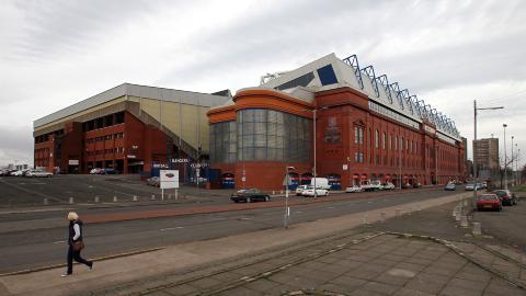 I DYP KRISE: Rangers kan ha en utest�ende gjeld p� over en milliard norske kroner, og er allerede trukket ti poeng i den skotske eliteserien.Foto: SCANPIX/AFP/IAN MACNICOL