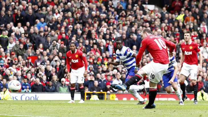NÅDELØS: Wayne Rooney skal ikke ha skylda for andres feil, og han gjorde heller ingen da han dunket ballen i hjørnet fra straffemerket.Foto: SCANPIX/AP/Jon Super