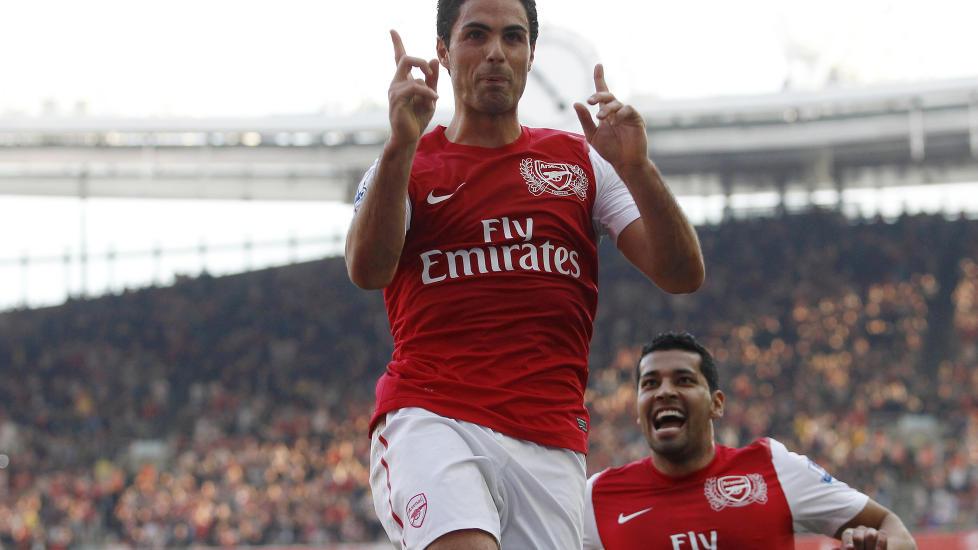MATCHVINNER: Mikel Arteta scoret kampens eneste m�l da Arsenal slo Manchester City. Foto: Reuters / Andrew Winning