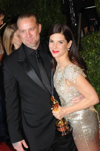TOK SLUTT: Etter fem �r som mann og kone, s�rget Jesse James' utroskap for brudd mellom ham og Sandra Bullock. Foto: Stella Pictures