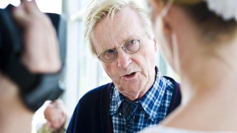- MYE TIL: Advokat Tor Erling Staff har inntrykk av at det skal mye til for � etterforske politiansatte. Foto: H�kon Eikesdal/Dagbladet