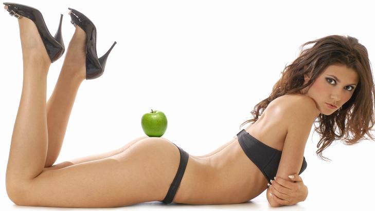 MAT-LYST: Sitofili vil si at man bruker mat for � oppn� seksuell nytelse. Det kan v�re � bruke frukt eller gr�nnsaker til � onanere.  ILLUSTRASJONSFOTO: Colourbox.com