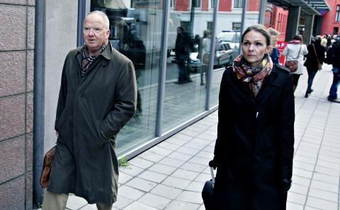 Rettspsykiaterne Torgeir Husby og Synne Sørheim, idet de ankommer tingretten.