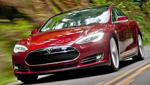 BEGRENSET UTGAVE: Nordmenn som vil ha spesialutgaven Tesla Model S Signature m� punge ut med 230 000 kroner i depositum. FOTO: Tesla