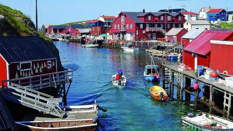 S�R-TR�NDELAG: Kjella p� Mausund, ei �ygruppe utenfor Fr�ya har lenge v�rt det mest aktive fiskev�ret p� Tr�ndelagskysten. Foto: STEIN OLAV SIVERTSEN