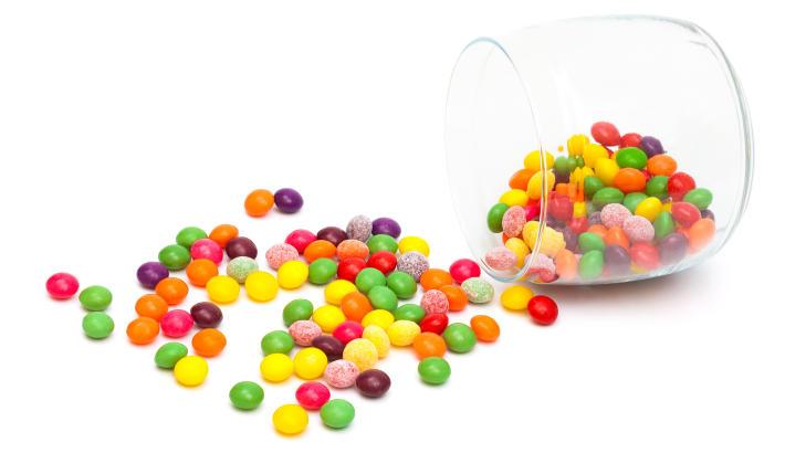 SAKKARIN: Finnes i blant annet godteri og er omtrent 400 ganger s�tere enn vanlig r�rsukker. Foto: Colourbox