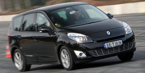 FORN�YDE: Renault-eierne er under snittet forn�yd med bilene sine, men veldig forn�yde med verkstedet. Foto: Egil Nordlien, HM Foto
