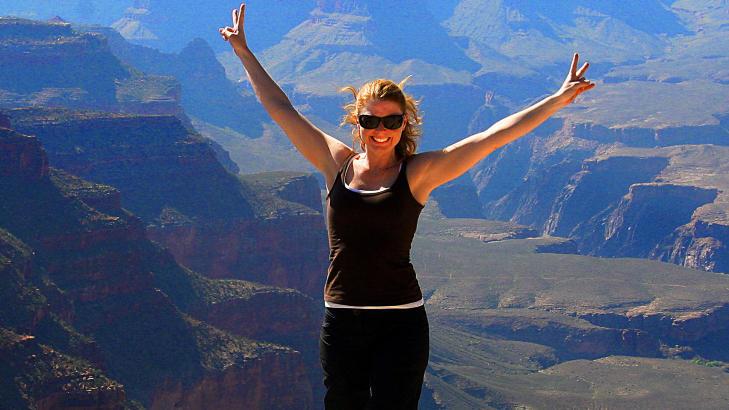 GRAND CANYON: Coloradoelva har skapt den 349 meter lange og 1500 meter dype dalen som er en av USAs mest popul�re turistattraksjoner.