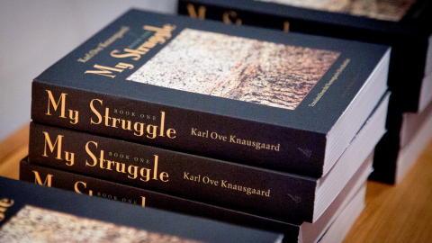 ENGELSK: Den engelske versjonen av �Min kamp� har f�tt tittelen �My Struggle�. Foto: �rjan F. Ellingv�g/Dagbladet