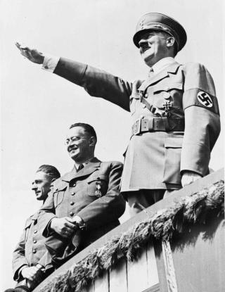 ADOLF HITLER:  Fremmet en nyhedensk blod- og raseideologi, som blant annet f�rte til nedslakting av seks millioner europeiske j�der i holocaust. Foto: AP Photo / File