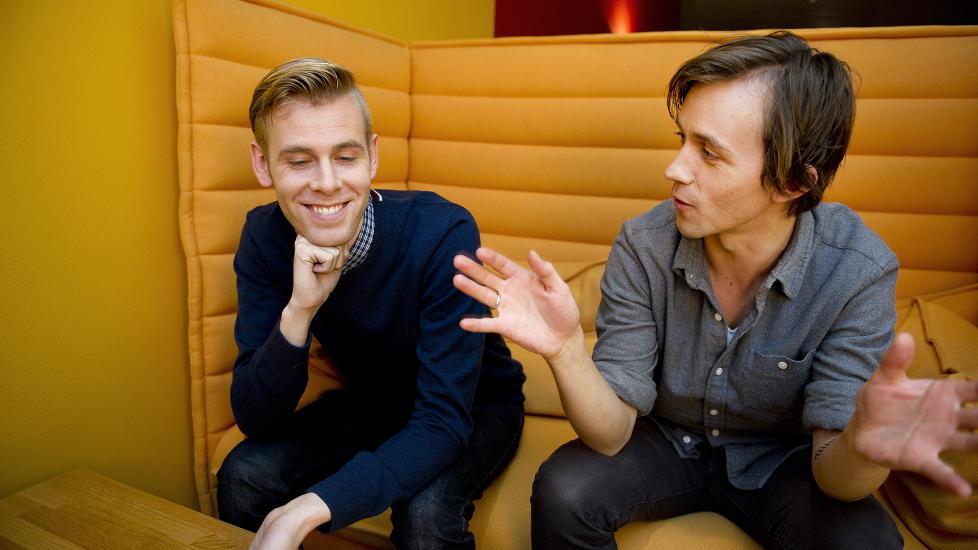 FETTERDUETT: I morgen gir Sondre Lerche og Lars Vaular ut singel sammen- deres f�rste musikalske samarbeid.  Foto: �istein Norum Monsen / DAGBLADET