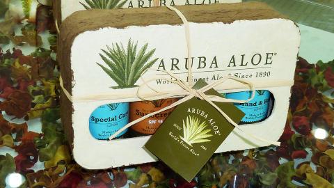 I BUTIKKEN: Aloe vera fra Aruba havner i en rekke kosmetiske produkter. Spesielt i USA er produktene etterspurt. Foto: Eivind Pedersen