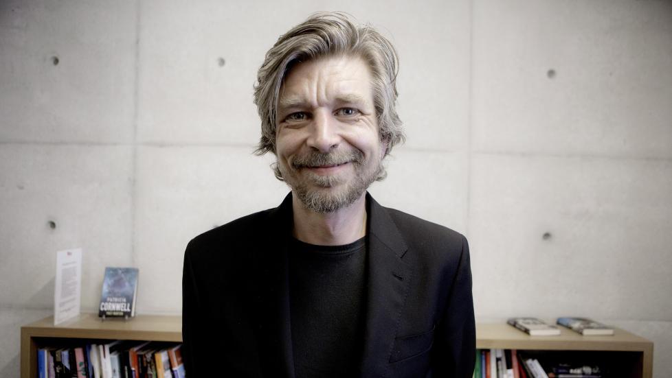 ESSAYIST: Karl Ove Knausg�rd har varslet at han er ferdig som romanforfatter, og n� skal konsentrere seg om essays. Det er ikke n�dvendigvis noen tragedie, mener anmelderen. Foto: LARS EIVIND BONES