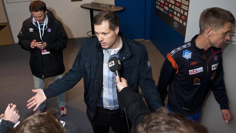 TAR SEG BARE EN PAUSE: Kjetil Rekdal mener at pressen bare bekrefter hans poeng n�r de skriver at han boikotter mediene. Foto: Svein Ove Ekornesv�g / NTB scanpix