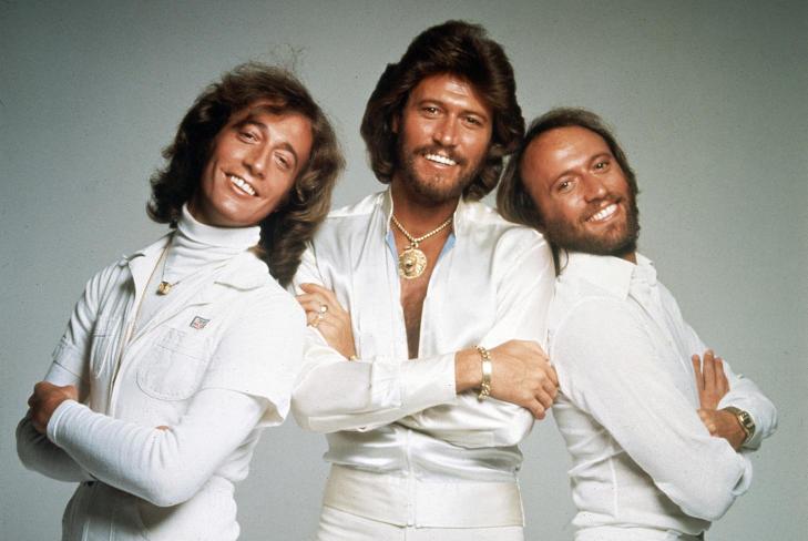 P� TOPPEN: Bee Gees fotografert i 1979, under promoteringen av albumet Spirits Having Flown. F.v. Robin, Barry og Maurice Gibb. Foto: AP/NTB SCANPIX