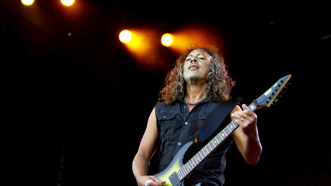 SPILLEFIN:  Kirk Hammett sjarmerte de oppmtte under konserten. Foto: Nina Hansen / Dagbladet