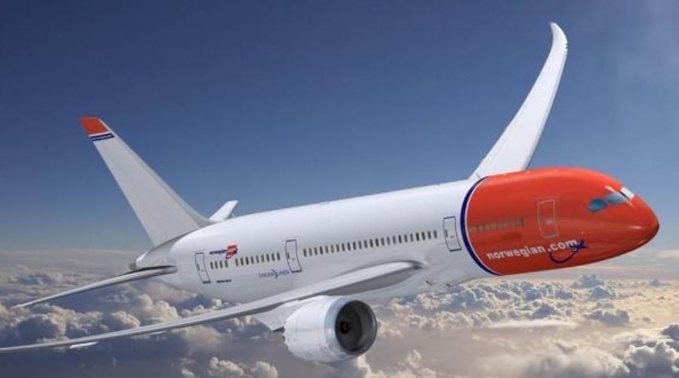 DREAMLINER: Norwegian har n� til sammen �tte langdistansefly av denne typen, Boeing 787-8 Dreamliner. Tre av flyene st�r klare fra neste �r. Illustrasjonfoto: BOEING/NORWEGIAN