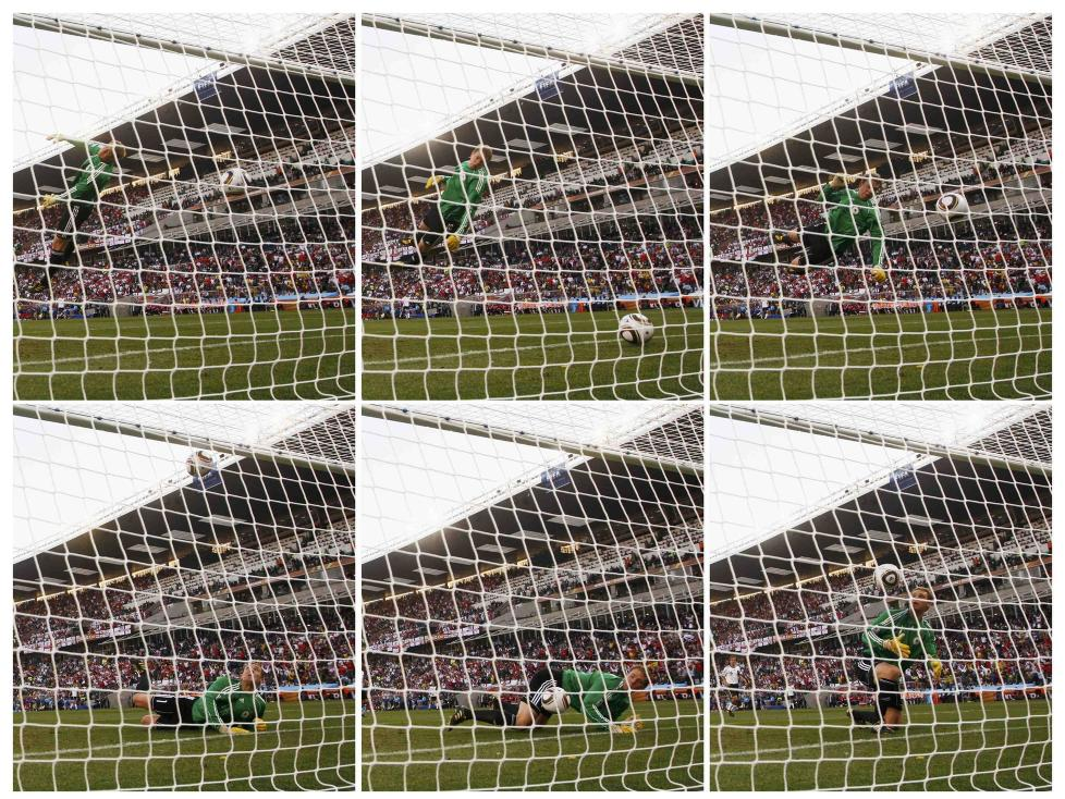 PR�VER UT NY TEKNOLOGI: Frank Lampards scoring mot Tyskland i VM-�ttedelsfinalen mot Tyskland i Bloemfontein er et eksempel p� en hendelse som har forsterket debatten om m�llinjeteknologi. N� skal �Hawk-Eye-systemet� testes ut for f�rste gang n�r England m�ter Belgia p� Wembley neste l�rdag. Foto: REUTERS/Eddie Keogh/NTB scanpix