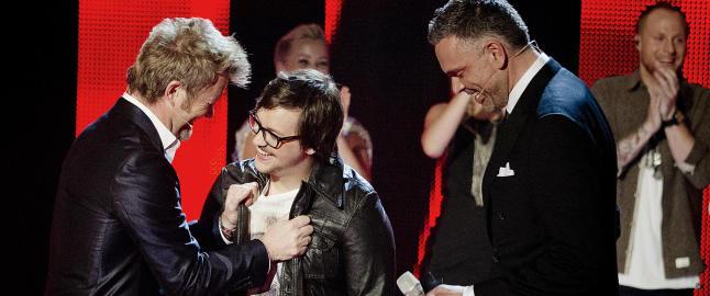 Tirsdag skal �The Voice�-Martin i studio med Magne Furuholmen