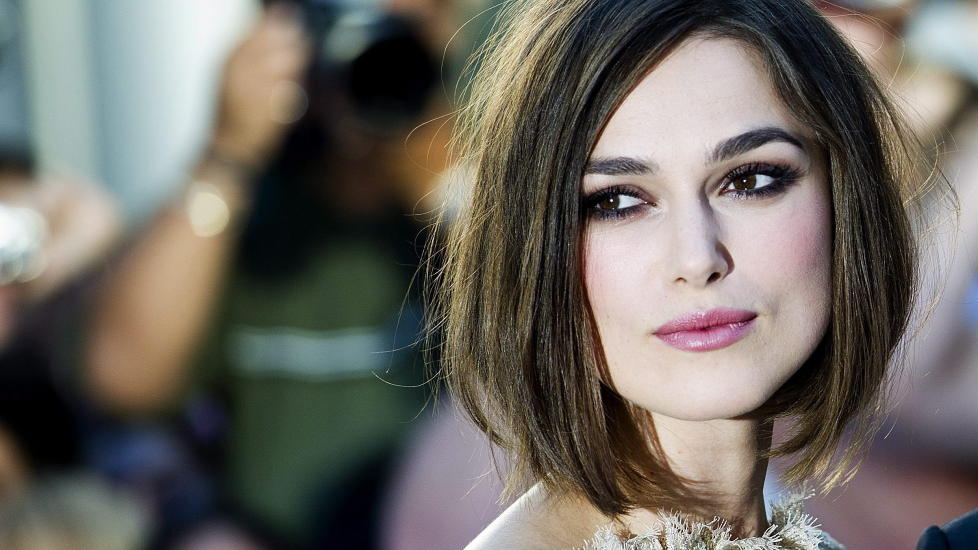 RING P FINGEREN: Keira Knightley gifter seg med musikerkjresten James Righton. Foto: Stella Pictures