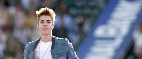 Justin Bieber ut bakveien mens �belieberne� lar seg lure av dobbeltgjenger