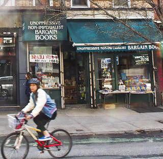 ALTERNATIVT: Ikke-imperialistisk litteratur p� tilbud h�rer med i mangfoldet. Foto: TERJE MOSNES