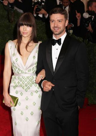STJERNEPAR: Drar du til Chateau Marmont i L.A kan du plutselig befinne deg i selskap med Justin Timberlake og Jessica Biel. Foto: NANCY KASZERMAN/STELLA PICTURES