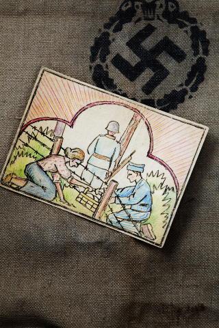POSTKORT: I 1953 fikk Bernhards mor dette postkortet fra Anatol Heintz i anledning ti�rsjubileet for at hun hadde gitt ham matpakker.