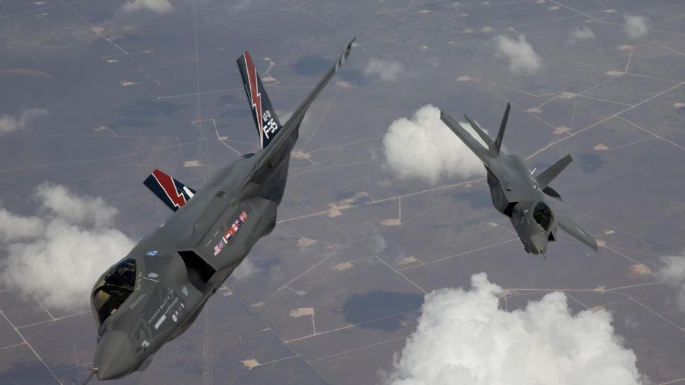 GIGANTISK KONTRAKT: Forsvarsministeren melder n� at USA vil ha Kongsberg Gruppens missil JSM i F-35-kampflyene. Salgspotensialet for v�pensystemet er ansl�tt til 20-25 milliarder kroner. Foto: REUTERS/SCANPIX