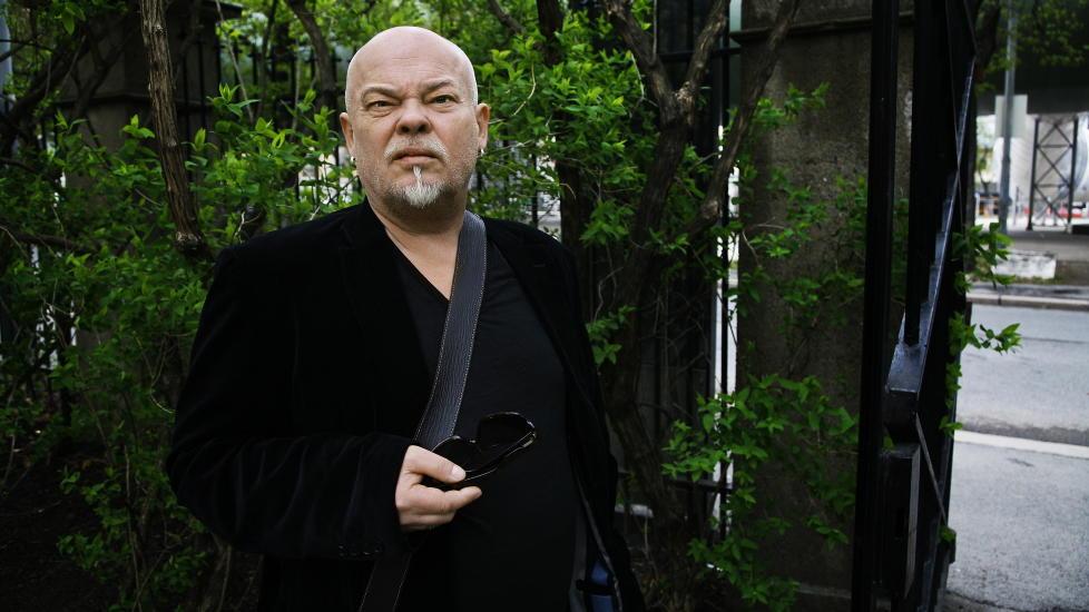 S�RGMODIG EKS-R�YKER:Dramatiker Sven Henriksen. Foto: Steinar Buholm / Dagbladet.