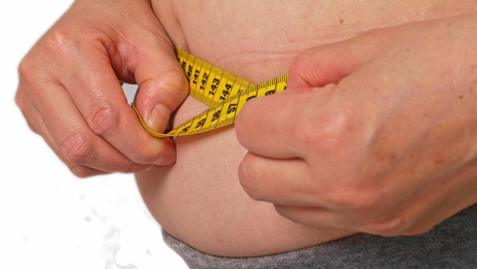 M�LEB�ND: - Midjem�l er et bedre m�l p� helseskadelig fedme enn BMI, sier lege J�ran Hjelmes�th.  Illustrasjonsfoto: Colourbox.com