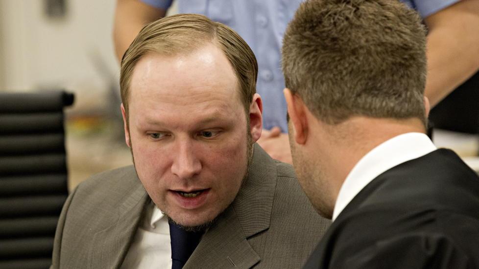 OPPR�RT: Anders Behring Breivik reagerte voldsomt p� professor Ulrik Fredrik Malts vitnem�l i tingretten i dag. Foto: Torbj�rn Berg / Dagbladet