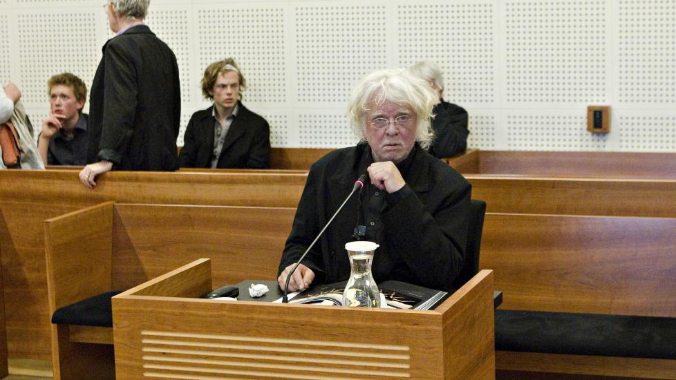 VIL BEVISE USKYLD: I dag er den andre dagen i retten for Odd Nerdrum ankesak i Borgarting lagmannsrett. Advokaten h�per i dag � kunne bevise kunstnerens uskyld. Foto: TORBJ�RN BERG / DAGBLADET