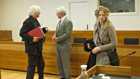 VITNE: Det er ventet at Nerdrums kone Turid Spildo (t.h.) skal vitne i l�pet av dagen. Foto: TORBJ�RN BERG / DAGBLADET