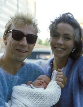 Sjarmerte Anita Skorgan i leopardk�pe og t�fler