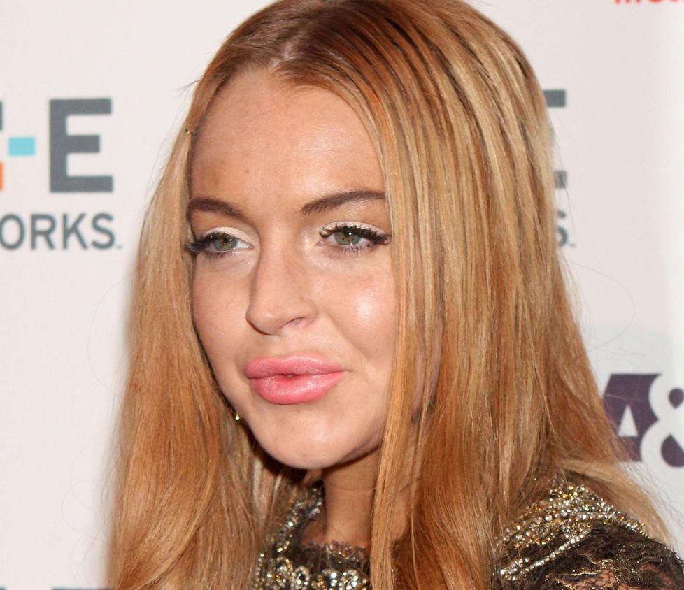 INN OG UT AV REHAB:  Lindsay Lohan, som en gang var en lovende barnestjerne, har de siste �rene slitt med alkohol- og stoffmisbruk. Foto: Stella Pictures