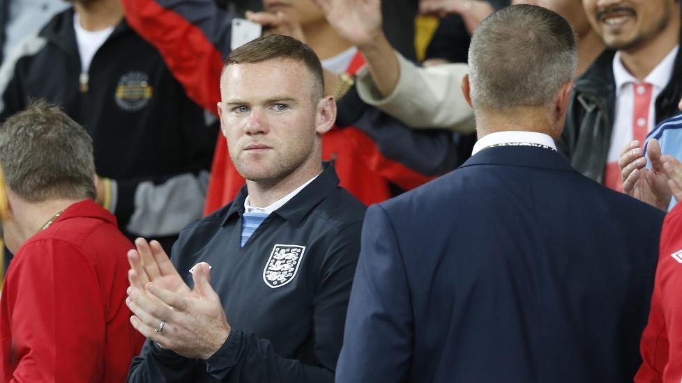 ENDELIG KLAR: England har gjort det godt uten Wayne Rooney, men blir enda bedre med United-stjernen. FOTO: EPA/Kerim Okten.