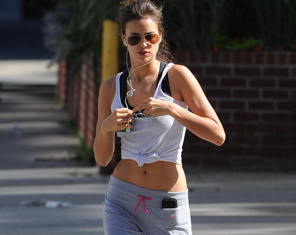 GA ALT:  Irina Shayk p� joggetur i West Village p� Manhattan i New York. Foto: Splash News / All Over Press