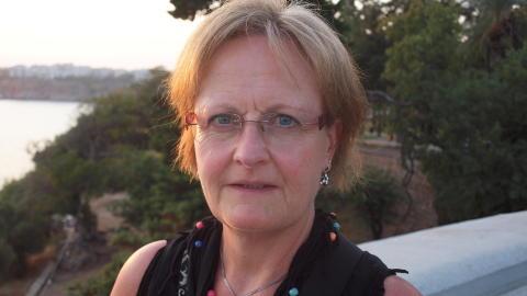 SKRIVER BREV: Den avdøde kvinnens mor, Ina Thoresen fra Drammen, sendte søndag et åpent brev til utenriksminister Jonas Gahr Støre og ba ham om å gripe inn etter to nye mystiske dødsfall på Phi Phi-øyene. Foto: privat