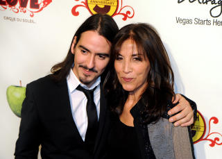 Dhani Harrison: George Harrisons snn sammen med moren Olivia Harrison. Foto: Brian Jones / AP Photto / NTB Scanpix.