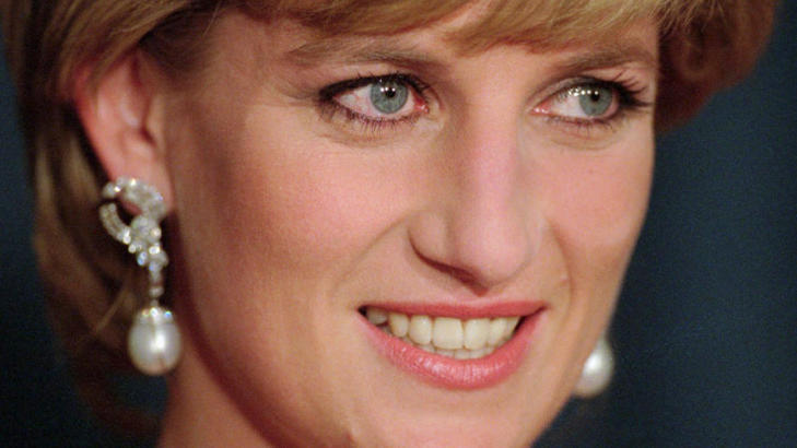  ELSKET:  Prinsesse Diana som dde i en tragisk bilulykke i Paris i 1997 var elsket av flere millioner mennesker verden over, og verden var i sjokk da den tragiske nyheten var et faktum. Foto: Stella Pictures