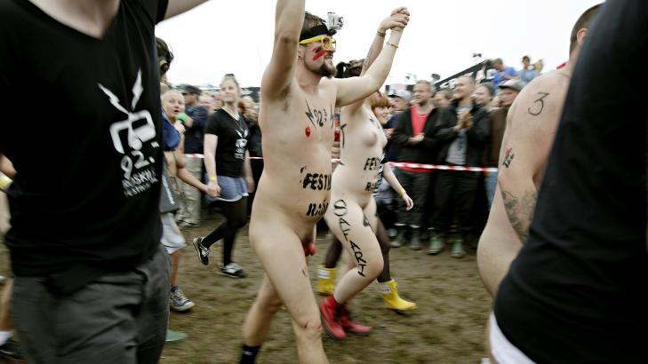 nakne svenske jenter troms artemis