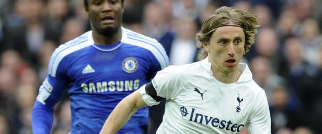Chelsea kaster seg inn i kampen om Modric