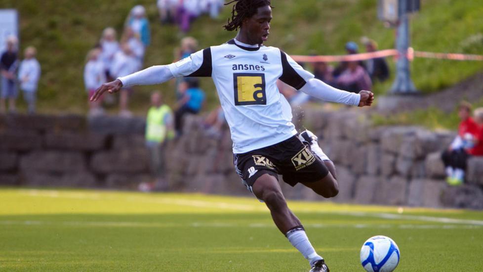 TRENER MED STORKLUBB: Vajebah Sakor er i Danmark for å trene med storklubben FCK. Foto: Hildrupphoto.com