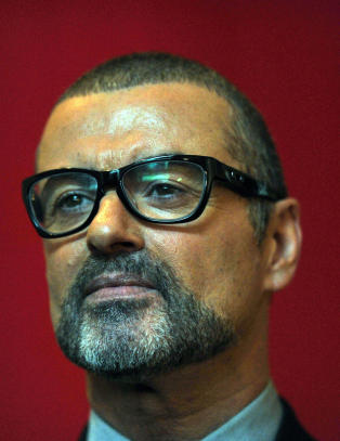 George Michael (49) sliter med  huske fem uker av sitt liv