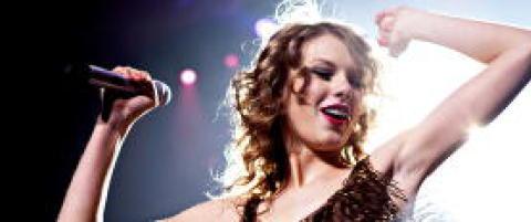 Det er s� deilig � h�re Taylor Swift objektifisere menn p� denne m�ten!