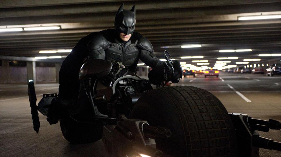 ENGASJERTE FANS: Filmkritikere kan ikke si mye negativt om Batman før de får fansen på nakken. Foto: Stella Pictures