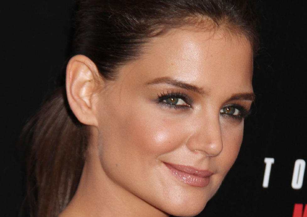 KLAR FOR BROADWAY: Katie Holmes skal vre med i teaterstykket Dead Accounts til hsten. Foto: Stella pictures