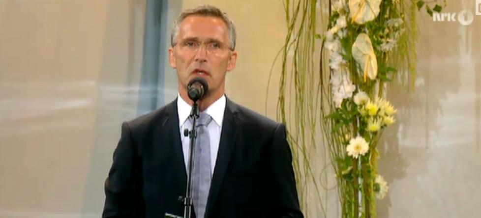 """<b>HELE TALEN: </B> Jens Stoltenbergs tale fra minnekonserten kan du lese i sin helhet på sidene til  <a href=""""http://www.regjeringen.no/nb/dep/smk/aktuelt/taler_og_artikler/statsministeren/statsminister_jens_stoltenberg/2012/tale-ved-minnekonsert.html?id=696944/"""">Statsministerens kontor</a>"""